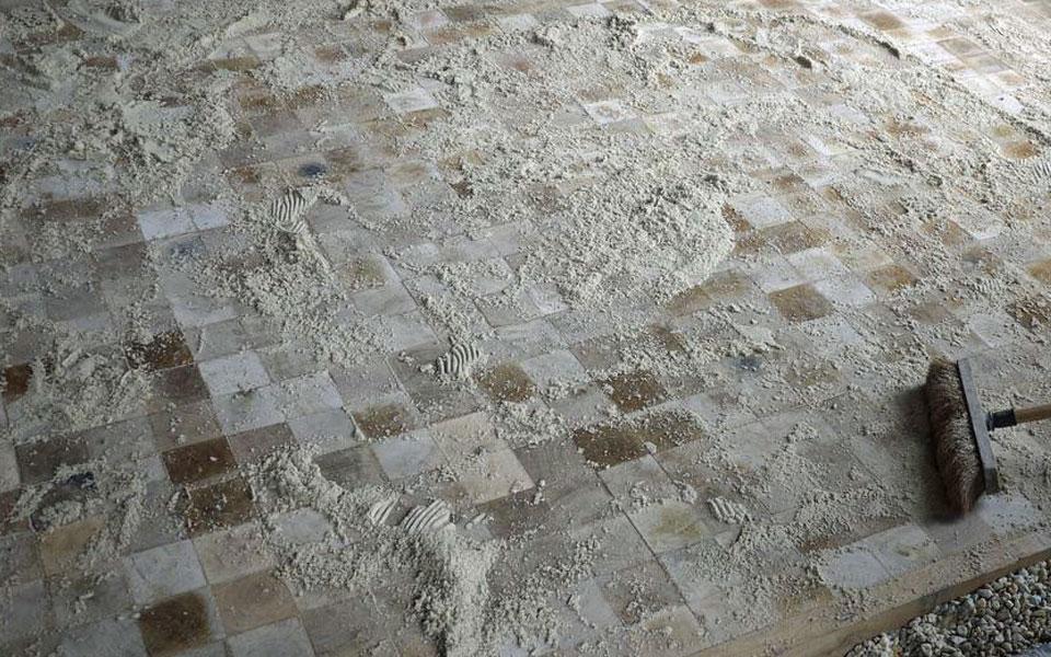 remplissage des joints avec du sable