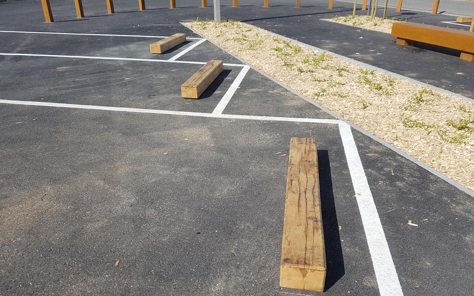 But e parking chene scierie corbi re for Parking exterieur